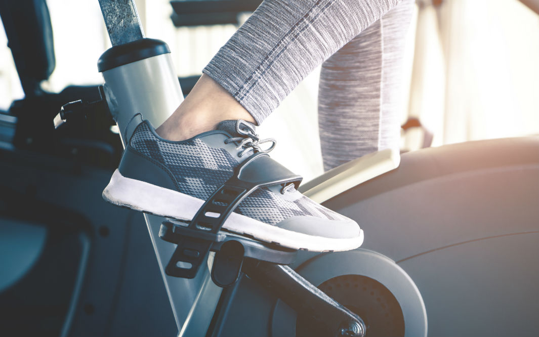 How to Clip into Spin Bikes Your Shoes for Comfort and Security