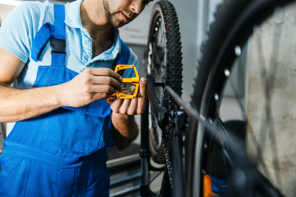tips on how to install pedals mountain bike